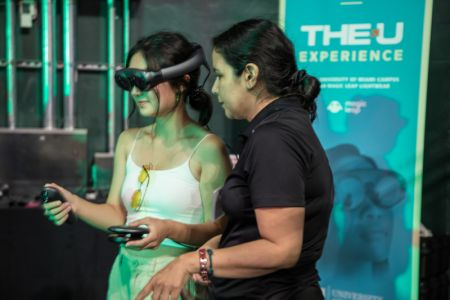 The-U-Experience-Magic-Leap-University-of-Miami-Presidents-Celebration-for-New-Students-2019 (28)