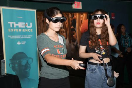The-U-Experience-Magic-Leap-University-of-Miami-Presidents-Celebration-for-New-Students-2019 (8)