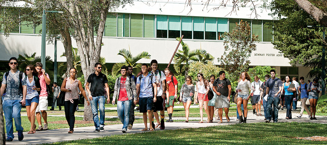 Students on University of Miami campus