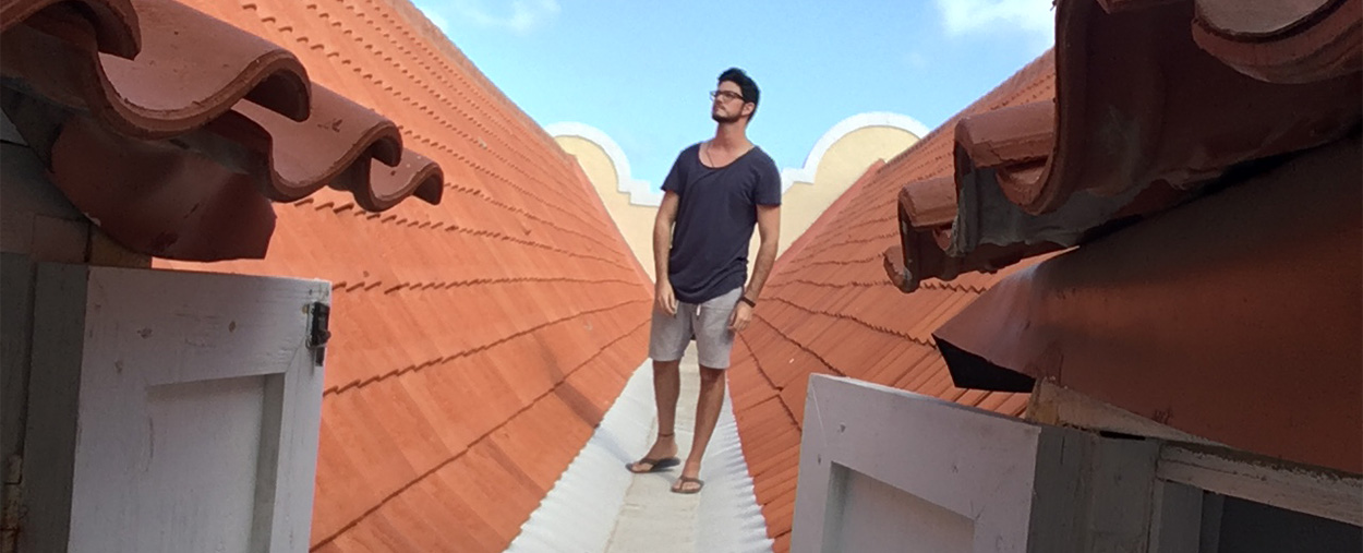 Hector Valdivia Arrieta on the rooftop of Mikve Israel Emanuel Synagogue in Willemstad, Curacao