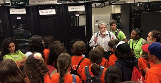 Frost Science Students Tour the Data Center and Viz Lab